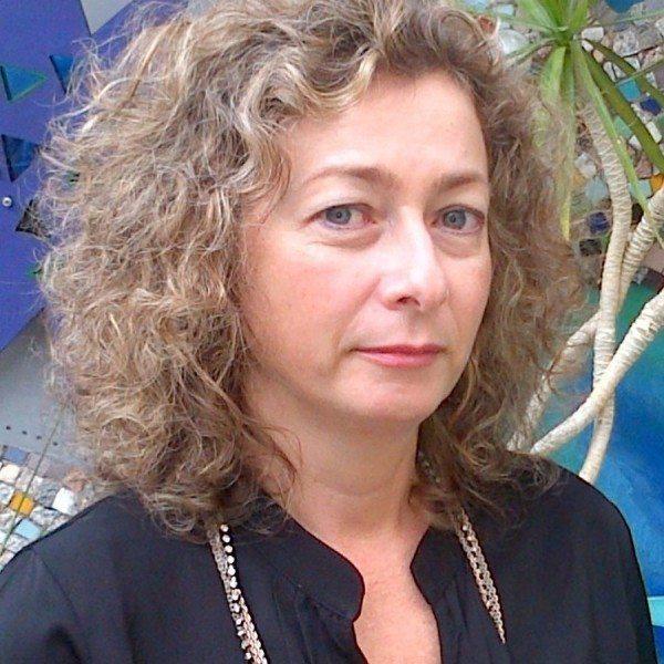 д-р Анна Чорбова