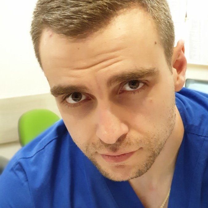 д-р Александър Дойчиновски